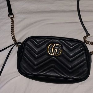 Gucci Marmont small matelasse shoulder bag - black